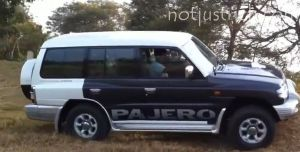 shahrukh khan car mitsubishi pajero