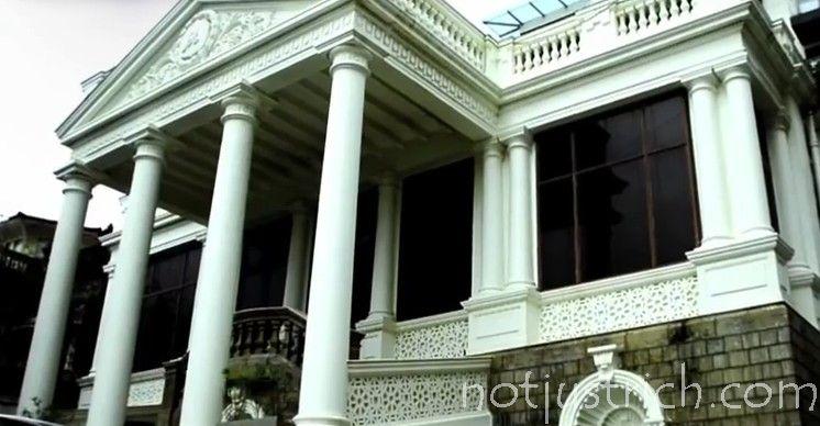 Shahrukh Khan Mannat House Photos