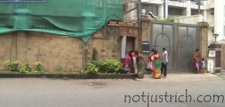 Shahrukh Khan Net Worth Wiki Mannat Price Dubai House