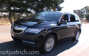 Chris Hemsworth  car Acura MDX