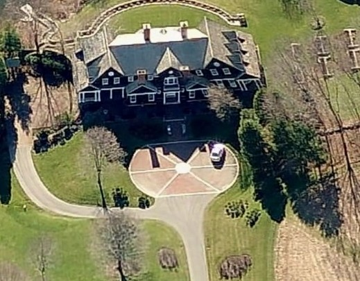 photo: house/residence of intelligent flamboyant  400 million earning New York-resident