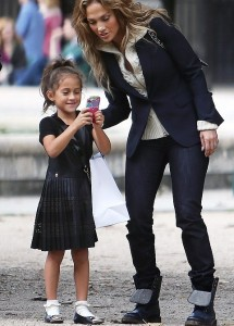 jennifer lopez daughter emme