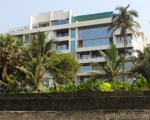 akshay kumar house juhu