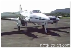 Ted Turner jet plane Beech - 65-A90-1