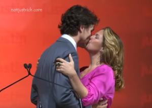 Justin Trudeau wife Sophie Gregoire kissing