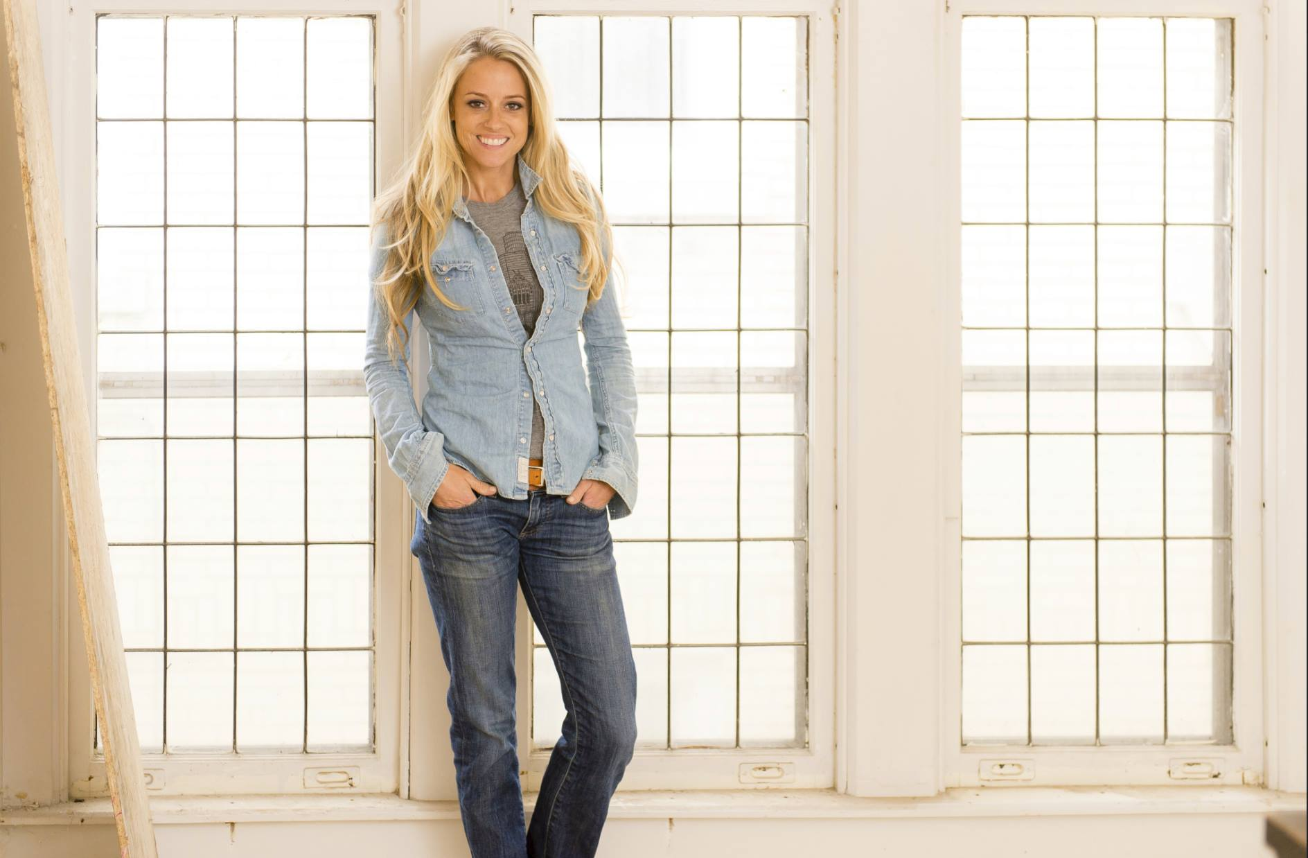 Pictures Of Nicole Curtis New Baby
