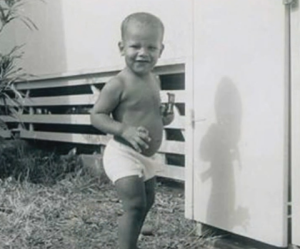 barack obama childhood picture
