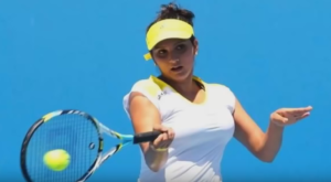 sania mirza playing tennis photo
