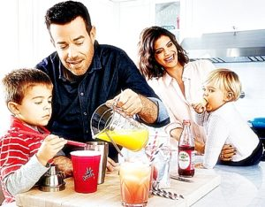 Carson Daly with wife siri pinter and children